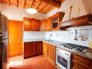 5 bedroom Villa in Mercatale Val di Pesa, Chianti Classico, Italy : ref 2014242