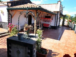 2 bedroom Villa with Pool, Air Con and WiFi - 5056762