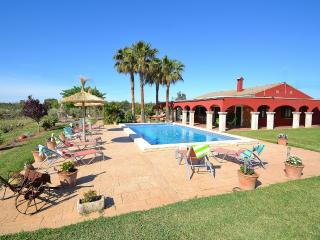 176 Can Picafort Finca,fantastic garden and pool, Santa Margalida