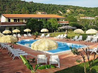 2 bedroom Apartment in Capo Vaticano, Calabria, Italy : ref 5056331