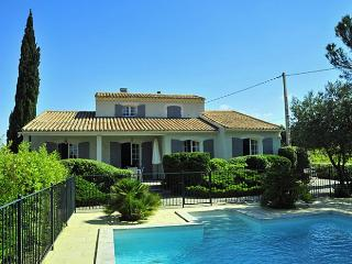 4 bedroom Villa in Gigondas, Provence, France : ref 2017854, Sablet