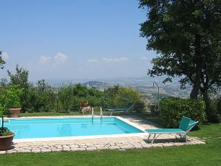 6 bedroom Villa in Collelungo, Nr Todi, Umbria, Italy : ref 2017895, Acqualoreto