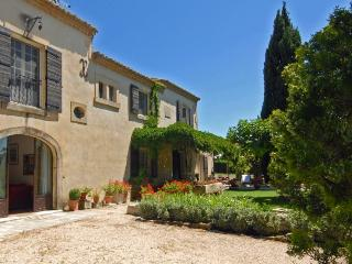 Villa in Les Baux De Provence, Provence, France, Maussane