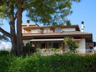015 - La casa di Ale, Altidona