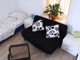 Apartment for 2 in the old town center! Gorica 101