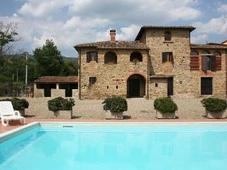 3 bedroom Villa in Arezzo, Toscana, Italy : ref 2020418