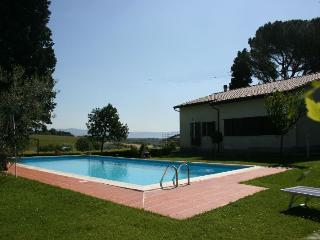 4 bedroom Villa in Montepulciano, Umbria, Italy : ref 2020512