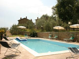 5 bedroom Villa in San Giustino Valdarno, Toscana, Italy : ref 2020521
