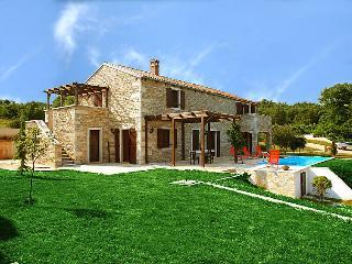 3 bedroom Villa in Skrapi, Istria, Croatia : ref 2020602