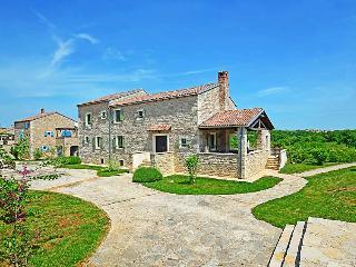 3 bedroom Villa in Brajkovići, Istria, Croatia - 5052609