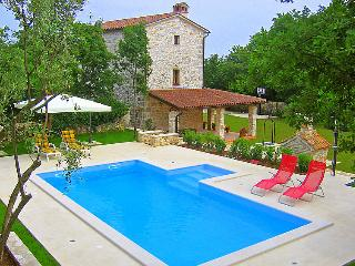 2 bedroom Villa in Pula Krnica, Istria, Croatia : ref 2020759