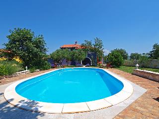 4 bedroom Villa in Pula Rakalj, Istria, Croatia : ref 2020761