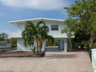 Luxury Private Canal Front. Kayak In Your Backyard, Key Largo