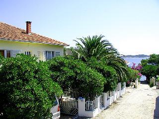 3 bedroom Villa in Orebić, Dubrovačko-Neretvanska Županija, Croatia : ref 505396