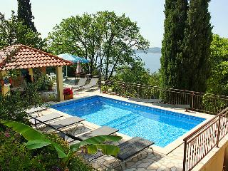 2 bedroom Apartment in Poljice, Dubrovacko-Neretvanska Zupanija, Croatia : ref 5