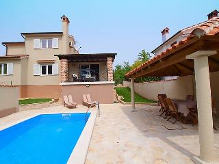 3 bedroom Villa in Porec Buici, Istria, Croatia : ref 2021676, Filipini