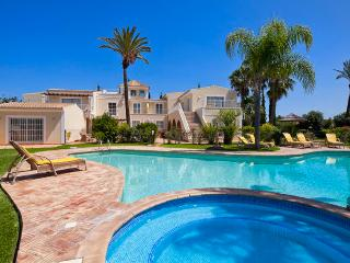 7 bedroom Villa in Albufeira, Albufeira, Algarve, Portugal : ref 2022226, Guia