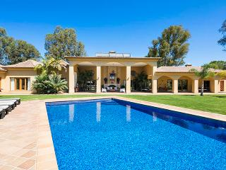6 bedroom Villa in Alvor, Algarve, Portugal : ref 2022227, Figueira