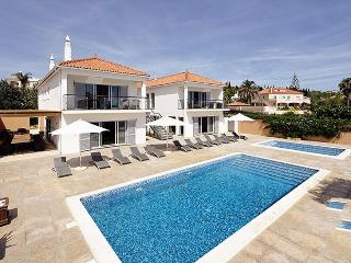 Villa in Almancil, Algarve, Portugal