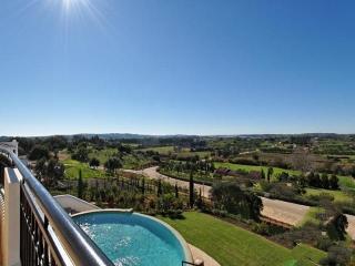 5 bedroom Villa in Lagos, Algarve, Portugal : ref 2022293