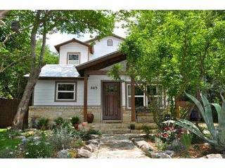Two Stays in One: 4BR House + 1BA Studio Guest House, Austin