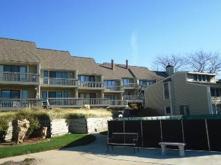 Harbours #9 - 69 North Shore Drive - w/private beach!