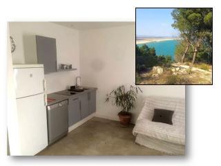 Appartement de 50 m2 coeur village proximite mer