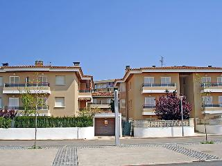 3 bedroom Apartment in Castell-Platja d'Aro, Catalonia, Spain : ref 5698499