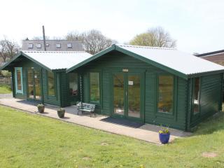 Clover Cottage , Gorslwyd Sound Healing Centre