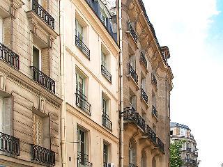 1 bedroom Apartment in Paris 7, Ile de France, France : ref 2023598