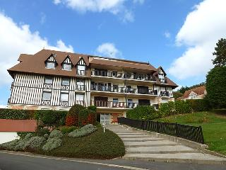 2 bedroom Apartment in Blonville-sur-Mer, Normandy, France : ref 5046505