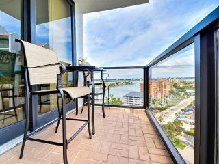 440 West 1501 N Spacious 2 bedroom 2 bath Condo with a water view