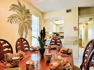 Island Escape 201 Affordable 2 bedroom, 1 bath Condo, Clearwater