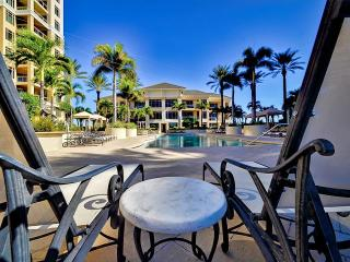 Sandpearl Residences 308 Beachview, 2 BR + Den as 3rd BR, 2.5 Baths, Steps to
