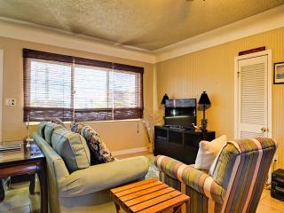 Madeira El Mar  10 2 Bedrooms 1 Baths, Madeira Beach
