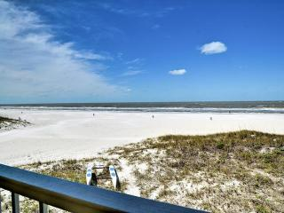 Sunfish Flat Unit 3 Beach Front 2 Bedroom 2 Bath Unit on Clearwater Beach | *New Lower Rates
