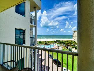 GULF VIEW 2 Bedroom Fabulous sunsets !!!, Treasure Island