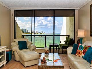 440 West Condos 308 S JUST LISTED! Desirable Gulf Front 2/2 Clw Beach, Clearwater