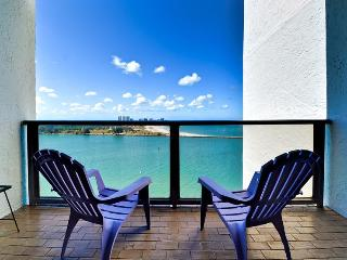 440 West 1708 S Gulf and Bay views BEAUTIFUL day and night., Clearwater