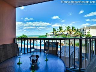 Reef Club  103 Wondrerful Vacation Condo with Beach View, Indian Rocks Beach