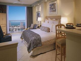 Lido Beach Resort Beachfront Jr. Suite King Bed Newly Listed Florida Beachfront Resort!!!!, Sarasota