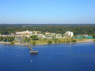 Safety Harbor Resort and Spa Signature Bayview 2 Queens, Balcony/Patio Newly