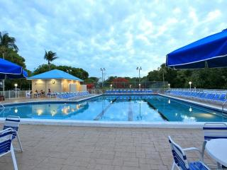 Key Largo Suites, Standard One Bedroom Oceanview Suite Newly Listed Florida Resort!!!!