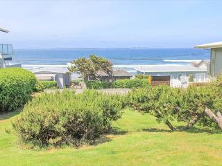 Seaview Cottage- Single-level Launching Pad for All Your Coastal Adventures!, Lincoln City
