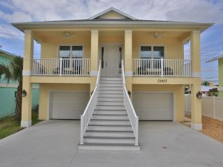 3 Bedroom Beach House New Build - Full of Upgrades, New Smyrna Beach