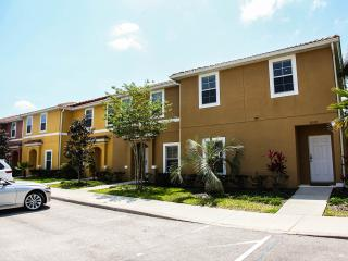Luxury Town homes  - 2 bedroom townhome, Kissimmee