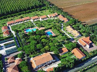 2 bedroom Apartment in Granai, Tuscany, Italy : ref 5055827