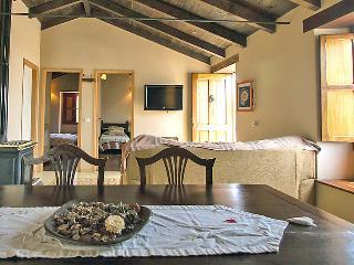 Zamorano Holiday Home Sleeps 4 with Pool and WiFi - 5043409