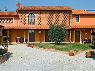 4 bedroom Villa in Orentano, Tuscany, Italy : ref 5055101
