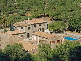6 bedroom Villa in Estellencs, Balearic Islands, Mallorca : ref 2036451